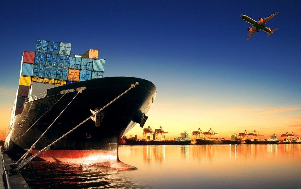Cargo shipping transport
