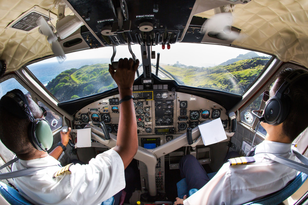 airplane pilots